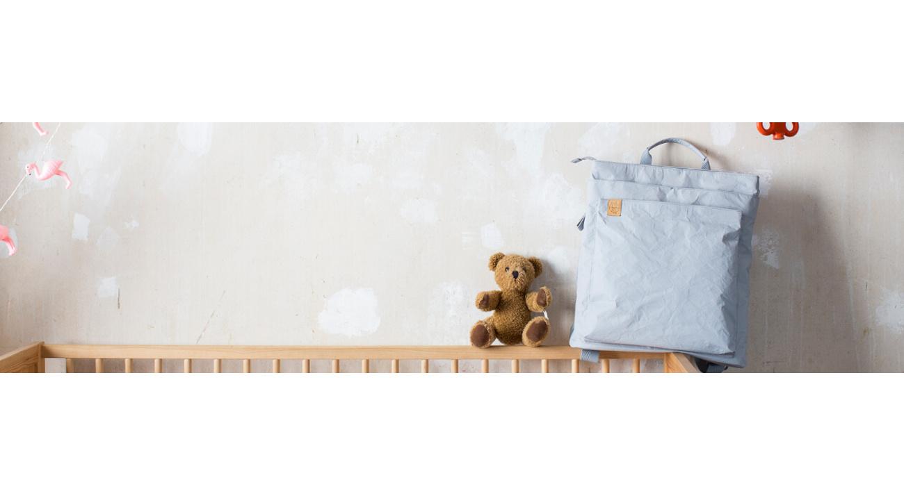 Laessig-Lassig-wickeltaschen-sac-a-langer-diaper-bag